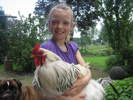 En ik ben het kippenmeisje en speel/verzorg graag jullie kipjes!